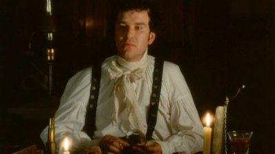 Dr. Lydgate (Douglas Hodge)