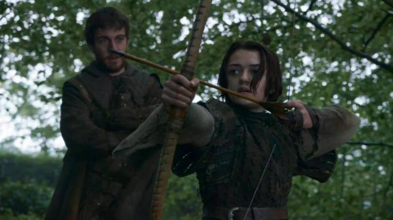 Arya takes aim, thinking of (future) revenge