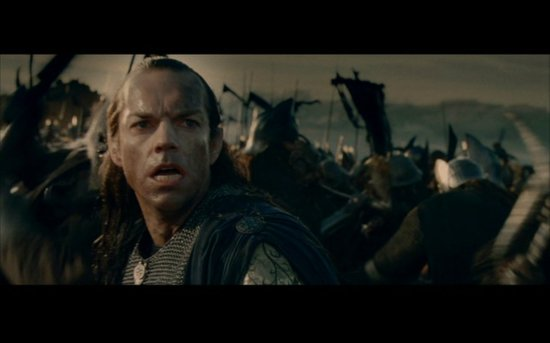 Elrond (Hugo Weaving) on the battlefield