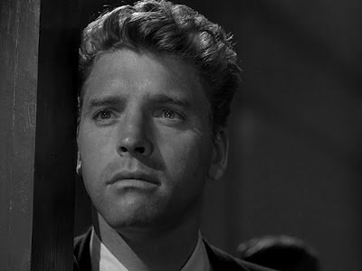 Steve Thompson (Burt Lancaster) watches his ex-wife