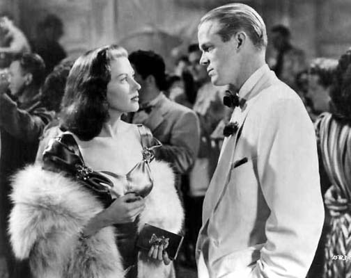 Anna (Yvonne de Carlo) & Slim (Dan Duryea) in the club