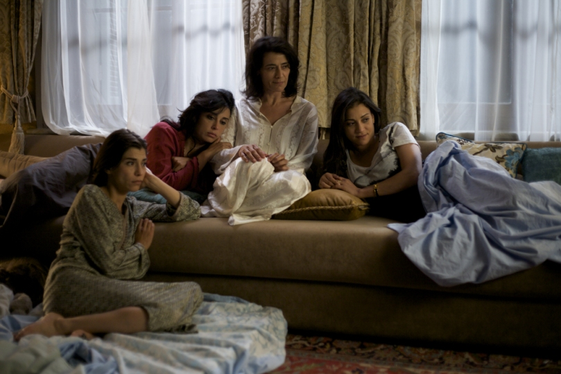 The ladies of the Hassan family find their thoughts drifting to the past.
