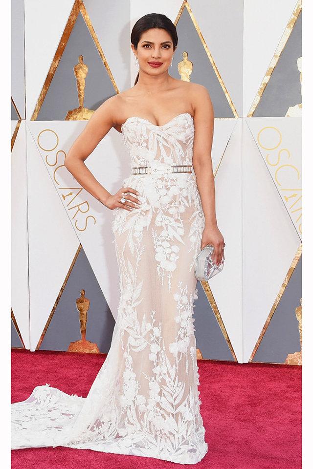 Priyanka-Chopra-Oscars-2016