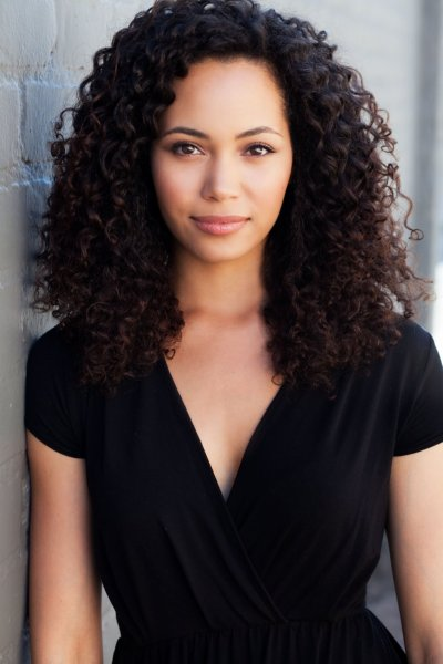 MadeleineMantock